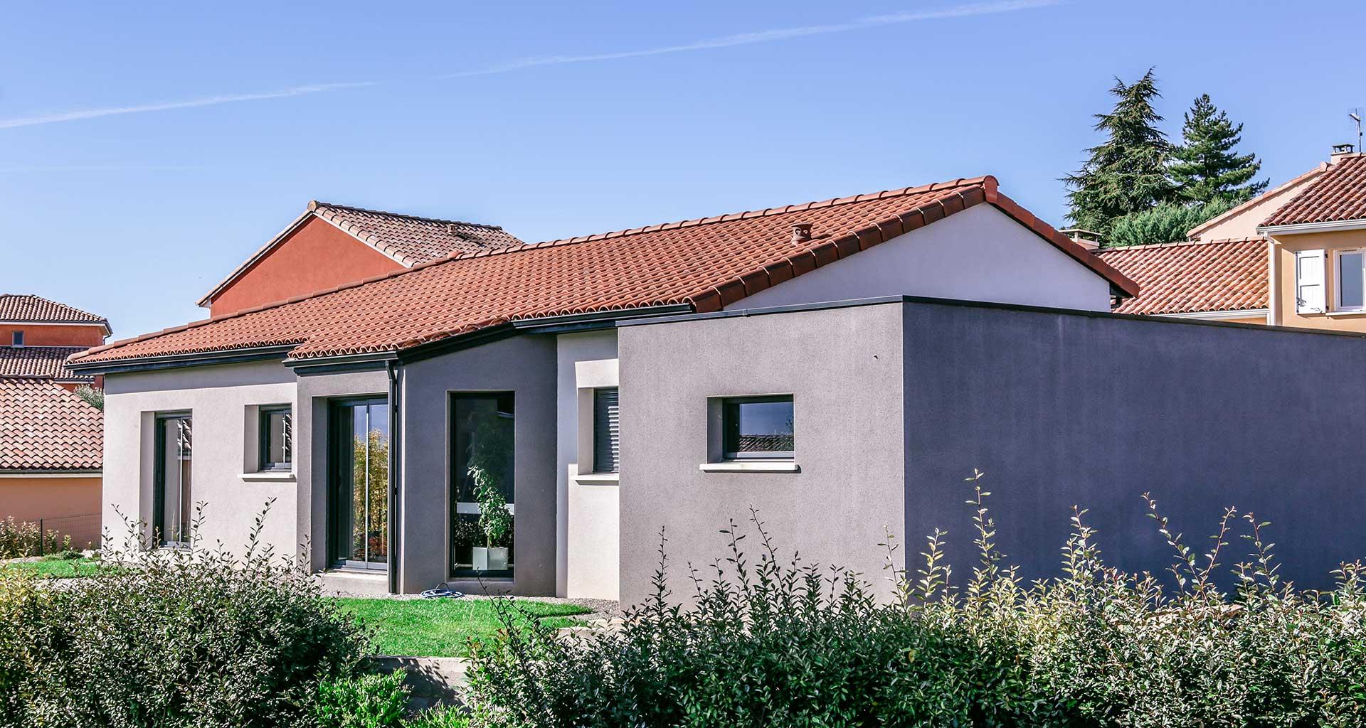 Maison traditionnelle euro12 construction rodez for Constructeur maison individuelle aveyron
